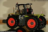 UH Claas Xerion 3300 15